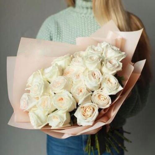 Купить на заказ Букет из 31 белой розы с доставкой в Текели