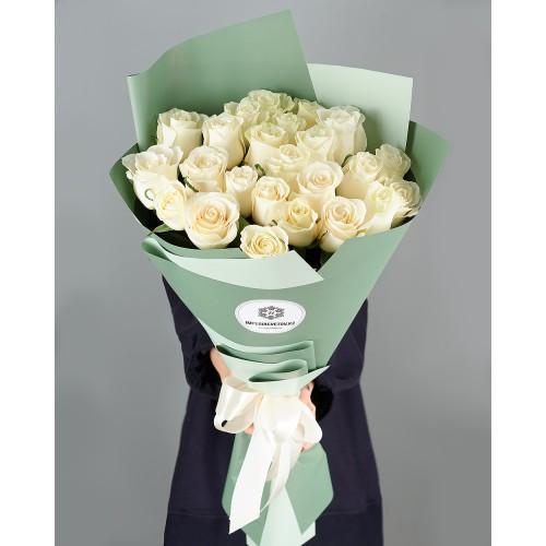 Купить на заказ Букет из 25 белых роз с доставкой в Текели
