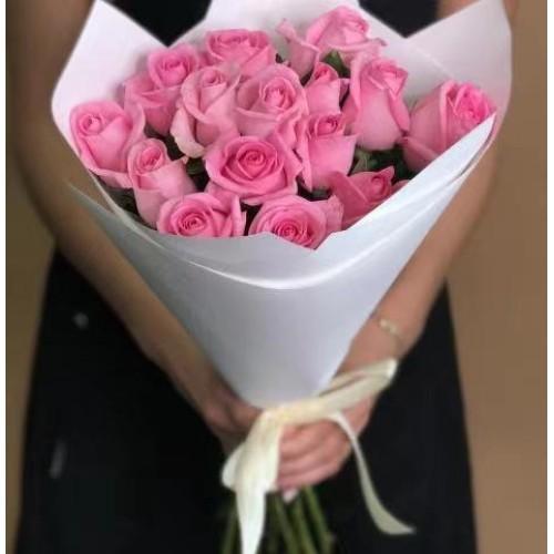 Купить на заказ 15 розовых роз с доставкой в Текели